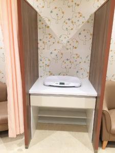 4F西授乳室体重計