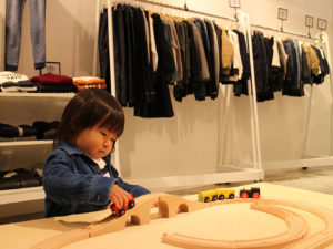 店内の子供遊びスペース