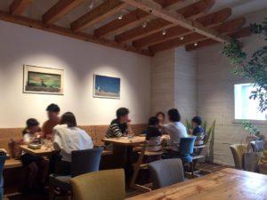RHC CAFE店内
