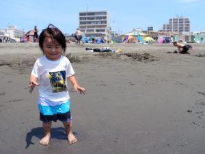 砂遊びが楽しい