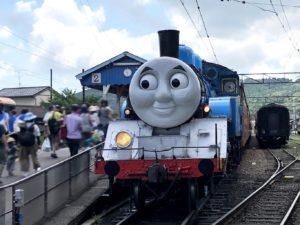 新金谷駅でトーマスに乗車