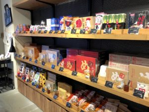 福太郎カフェ店内STORE