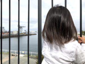 海を眺めながらお散歩