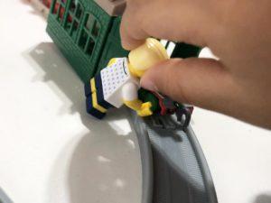 レゴのミニフィグでごっこ遊び