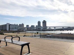 豊洲ぐるり公園眺めのいいベンチ