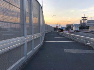 陸橋から大井車両基地を見下ろす