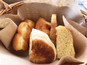パン食べ放題のパン