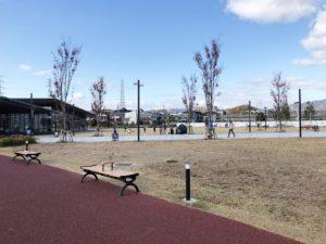 安満遺跡公園芝生広場